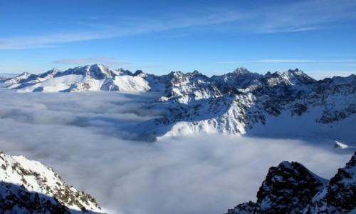 Zdjęcie POLSKA / Tatry Wysokie / Zadni Granat / Ponad chmurami