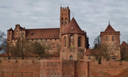 Zdjęcie POLSKA / - / Malbork / Marienburg - zamek wysoki z kościołem pw. Najświętszej Marii Panny