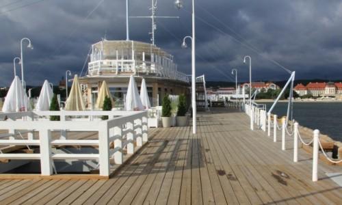 Zdjecie POLSKA / Pomorskie / Sopot / Molo przed burzą