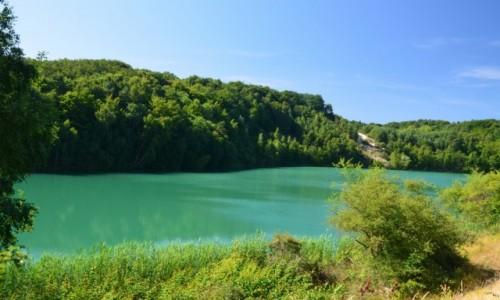 POLSKA / Zachodniopomorski / Woliński Park Narodowy / Jezioro turkusowe o porannej porze