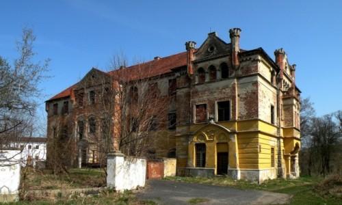 POLSKA / opolskie / Kazimierz / Pałac