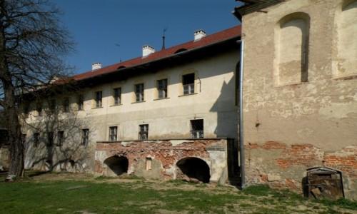 Zdjecie POLSKA / opolskie / Głogówek / Mur zewnętrzny,