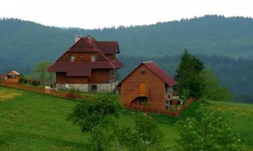 Zdjęcie POLSKA / śląskie / Beskid / Domki w górach