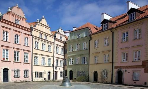 POLSKA / Warszawa / Ulica Kanonia / Dzwon