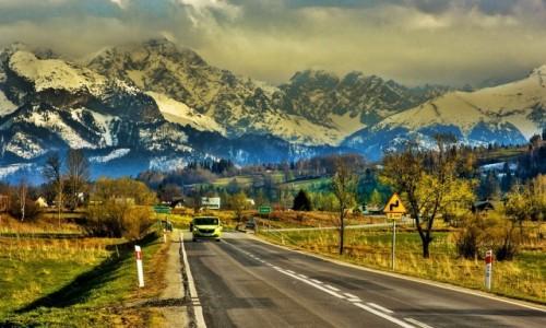 POLSKA / Spisz / droga z Czarnej Góry / na drodze do Jurgowa