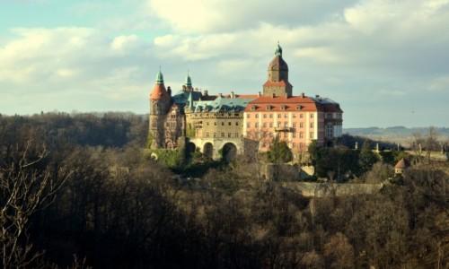 POLSKA / dolnośląskie / Wałbrzych / Widok na Zamek Książ