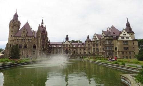 Zdjecie POLSKA / opolskie / Moszna / zamek