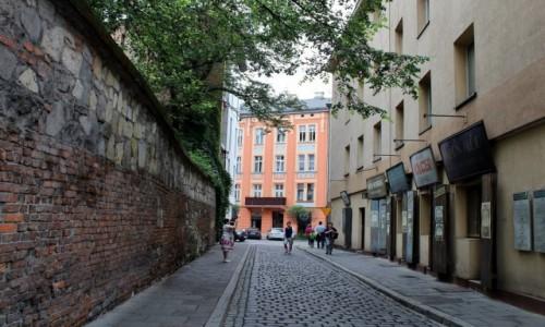 Zdjęcie POLSKA / województwo małopolskie / Kraków / Klimatyczny Kazimierz-ulica Szeroka