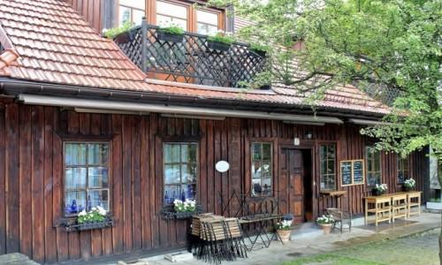 Zdjęcie POLSKA / województwo małopolskie / Lanckorona / Lanckorona-drewniany budynek z XIX w.