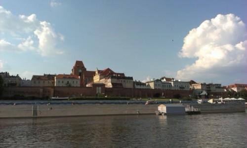 POLSKA / - / Toruń / Panorama miasta od strony Wisły, Toruń