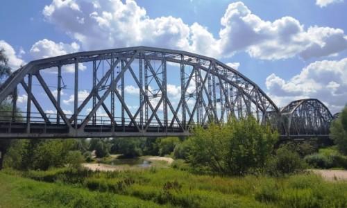 POLSKA / mazowieckie / Góra Kalwaria / Filmowy most