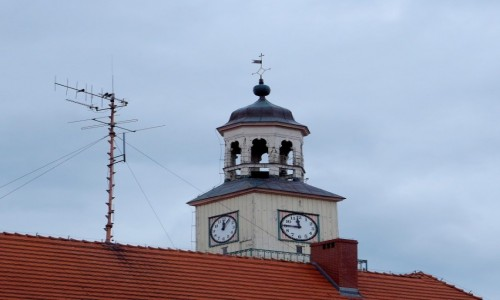 Zdjecie POLSKA / Zachodniopomorskie / Trzebiatów, wieża miejscowego ratusza / która godzina??