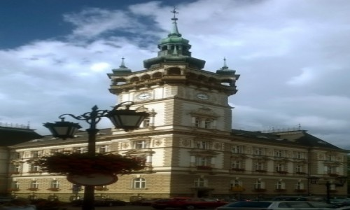 Zdjecie POLSKA / Bielsko-Biała / Plac Ratuszowy / Ukłony dla Pana Rosta