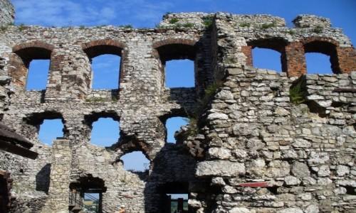 POLSKA / śląski / Ogrodzieniec / Ruina zamku