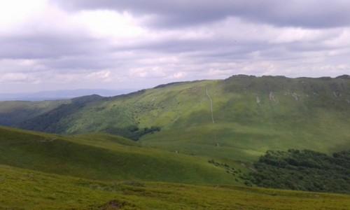 POLSKA / - / Tarnica / Bieszczady- Widok z Tarnicy -najwyższego szczytu w polskich Bieszczadach