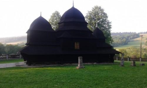 Zdjecie POLSKA / - / Bieszczady / Cerkiew Opieki Matki Bożej w Równi