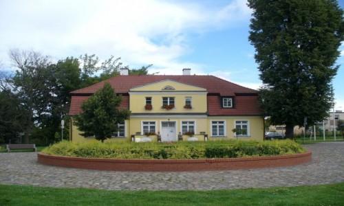 POLSKA / pomorskie / Rumia / Dworek ,dom kultury