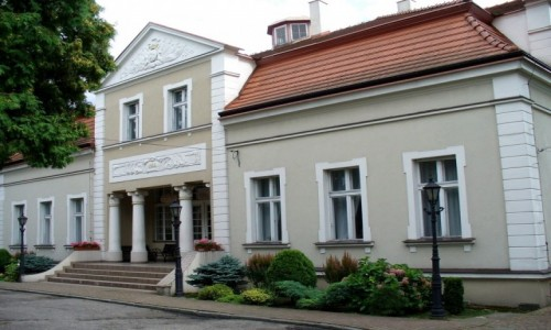 Zdjecie POLSKA / łódzkie / Lubczyna / Pałac