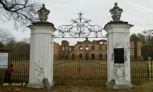 Zdjecie POLSKA / Trasa Iława - Malbork / Kamieniec / Kamieniec - Ruiny Pałacu z XVIII w.