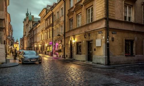 Zdjecie POLSKA / mazowsze / Warszawa / Piwna