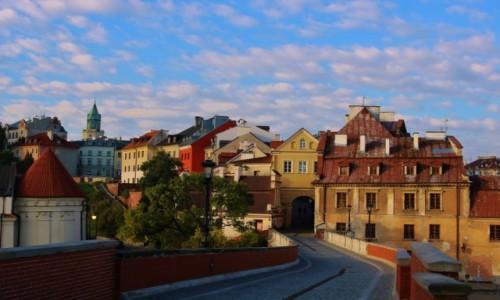 Zdjęcie POLSKA / woj. lubelskie / Lublin / Zamkowa z widokiem na Bramę Grodzką
