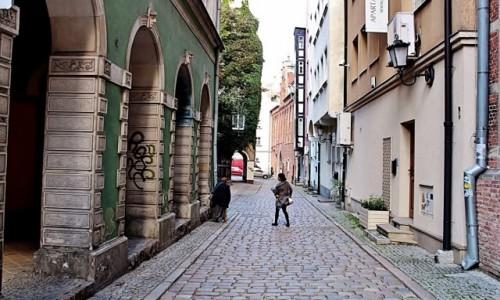 Zdjęcie POLSKA / województwo pomorskie / Gdańsk / Przemierzając uliczki Starego Miasta