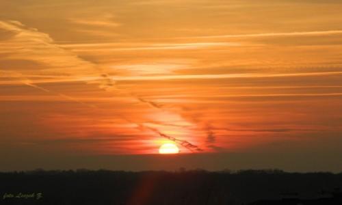 Zdjęcie POLSKA / Warminsko-Mazurskie. / Iława. / Zachód słońca z balkonu.