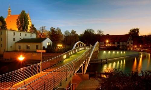 Zdjęcie POLSKA / kujawsko-pomorskiego / Bydgoszcz / Pokochaj miasto nocą
