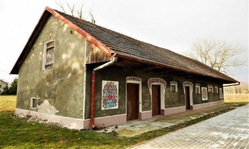 Zdjecie POLSKA / Ponidzie / Zalipie / Malowane domy