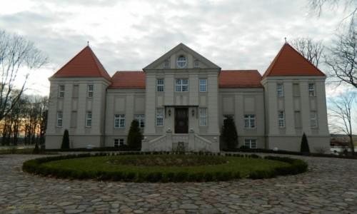 Zdjecie POLSKA / Warminsko-Mazurskie. / gmina Grunwald. / Pacółtowo - neobarokowy pałac, obecnie hotel.