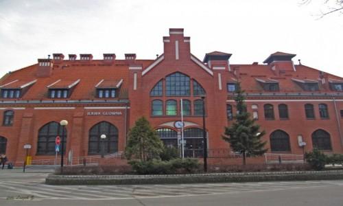 Zdjecie POLSKA / woj. Warmińsko-Mazurskie. / Iława. / Iława - Dworzec kolejowy(odnowiony).