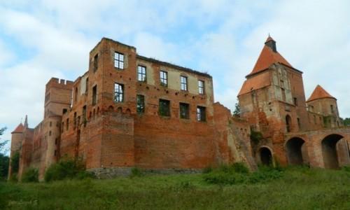 Zdjecie POLSKA / pow. iławski. / Szymbark koło Iławy. / Szymbark - Ruiny zamku gotyckiego z XIV w.