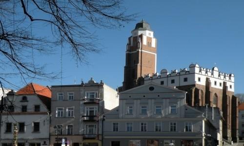 Zdjęcie POLSKA / opolskie / Paczków / Świątynia w rynku
