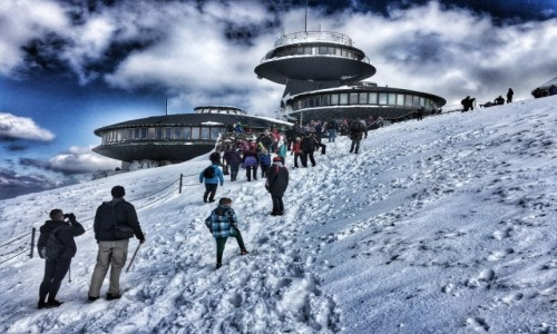 POLSKA / Dolny Śląsk / Śnieżka / Wysokogórskie Obserwatorium Meteorologiczne na Śnieżce