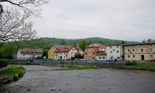 Zdjęcie POLSKA / Dolnośląskie / Lądek Zdrój / Przy groźnej rzece