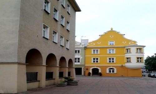 Zdjecie POLSKA / opolskie / Opole / Kamieniczka narożna
