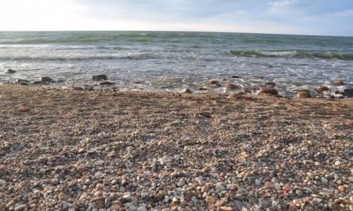 Zdjęcie POLSKA / pomorskie / Rozewie / Rozewie - kamienista plaża
