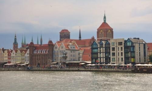 POLSKA / pomorskie / Gdańsk / Gdańsk, Motława i widok na starą część miasta