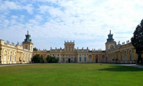 Zdjęcie POLSKA / mazowieckie / Warszawa / Pałac od strony bramy głównej