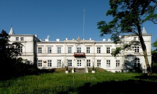 Zdjecie POLSKA / kujawsko-pomorskie / Wieniec / Pałac od strony parku.