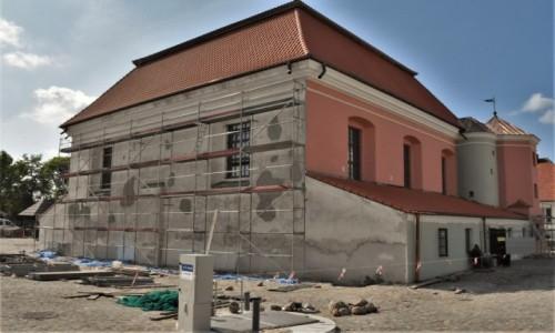 Zdjecie POLSKA / Białostockie / Tykocin / Tykocin, stara synagoga, stan wrześniowy