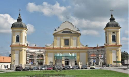 Zdjęcie POLSKA / Białostockie / Tykocin / Tykocin filmowy, kościół Świętej Trójcy