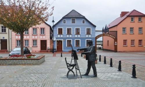 Zdjęcie POLSKA / zachodniopomorskie / Nowe Warpno / Pomnik Hansa Hartiga na rynku w Nowym Warpnie