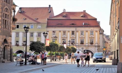 Zdjecie POLSKA / Dolny Śląsk / Jawor / nieopodal ratusza...