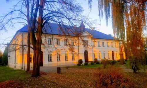 Zdjęcie POLSKA / Mazowsze / Mienia / Nizinne sanatorium dla suchotników