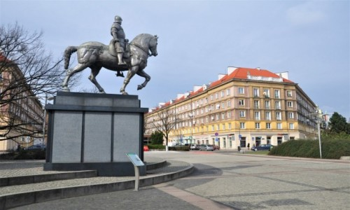 Zdjecie POLSKA / zachodniopomorskie / Szczecin / Plac Lotników w Szczecinie