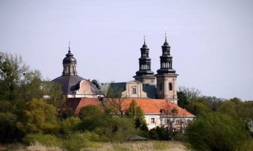 Zdjecie POLSKA / wielkopolskie / Ląd / Pocysterski klasztor