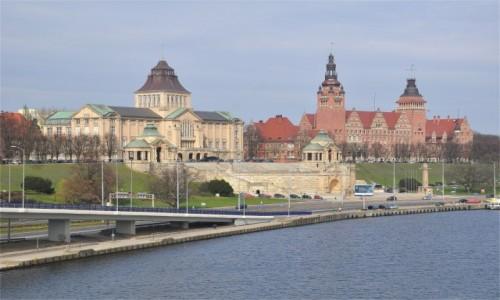 POLSKA / zachodniopomorskie / Szczecin / Szczecin. Widok na Wały Chrobrego