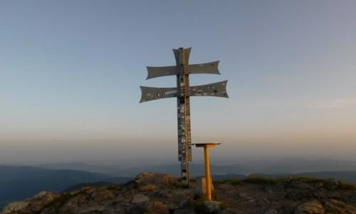 Zdjecie POLSKA / mała fatra / gdzieś na szlaku / Klak z krzyżem na szczycie