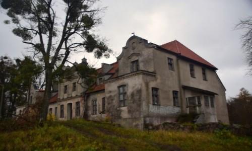POLSKA / Warmińsko-Mazurskie / Górowo / Pałac rodu Sarasin